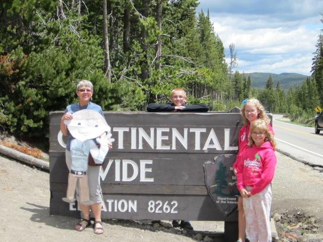 Yellowstone 1 055
