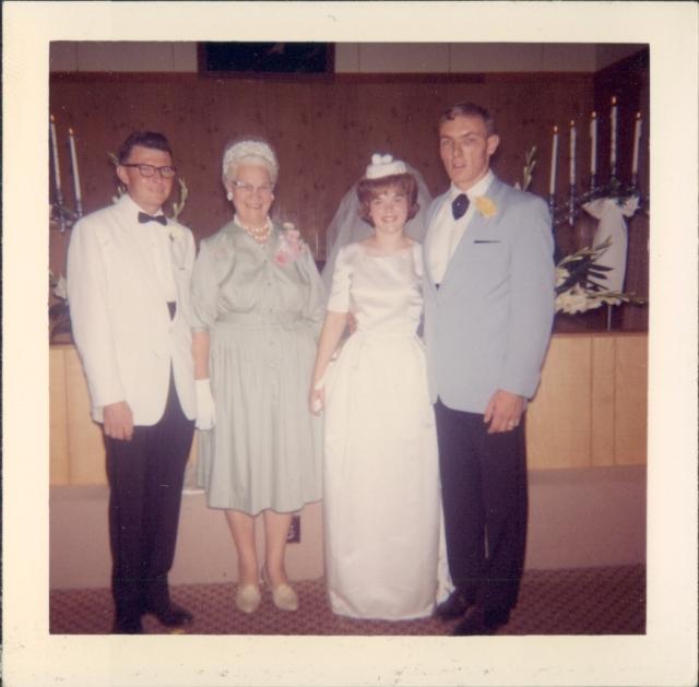 wedding R T A L